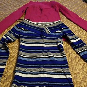 2 Inc sweaters great material rayon, nylon
